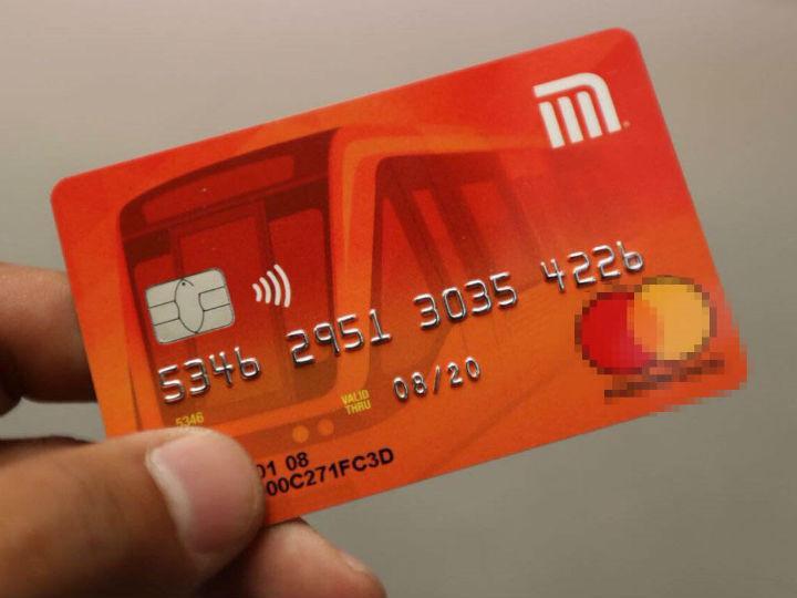 Tarjetas de débito del Metro se agotan en las primeras horas