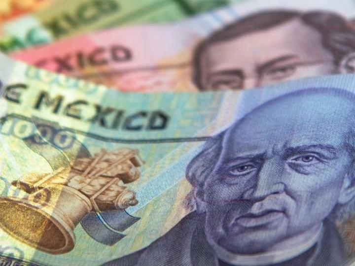 Por segundo día la moneda mexicana saca ventaja frente al dólar y gana ocho centavos al cierre de la jornada. Foto: Pixabay