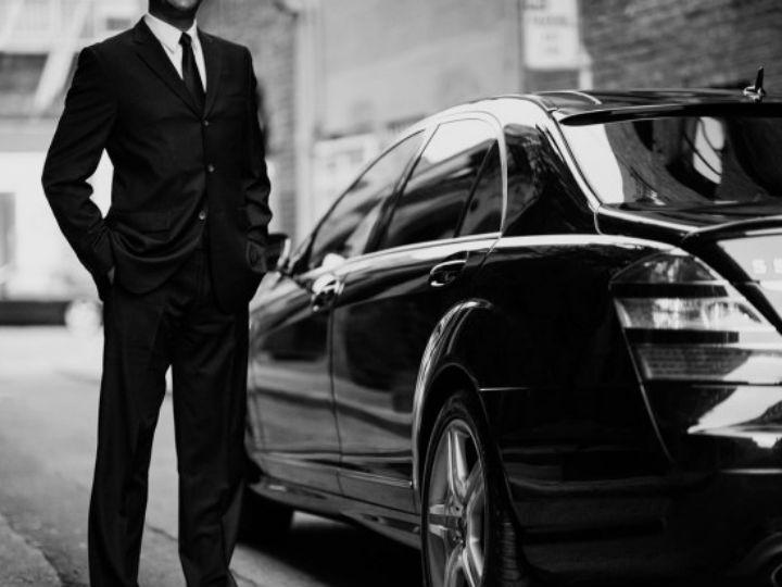 Fundador de Uber planea vender una tercera parte de la empresa