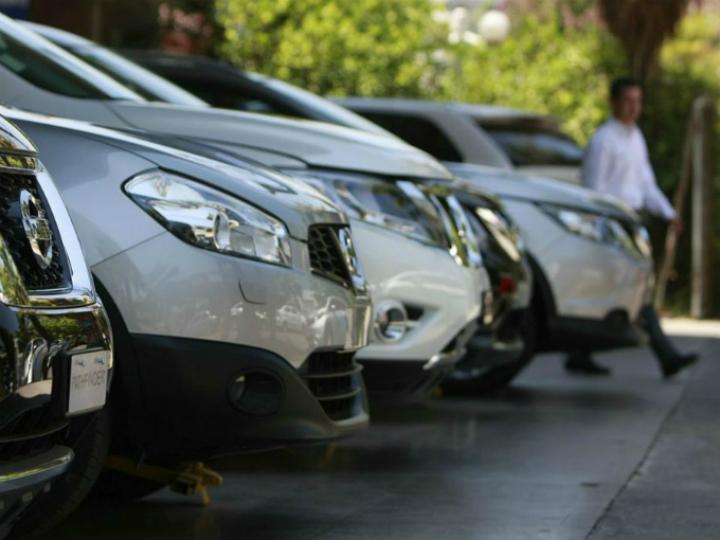 Posiciones encontradas en reglas de origen automotriz