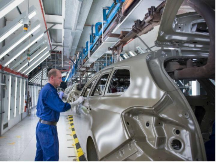 La producción industrial se mantiene sin variación en enero