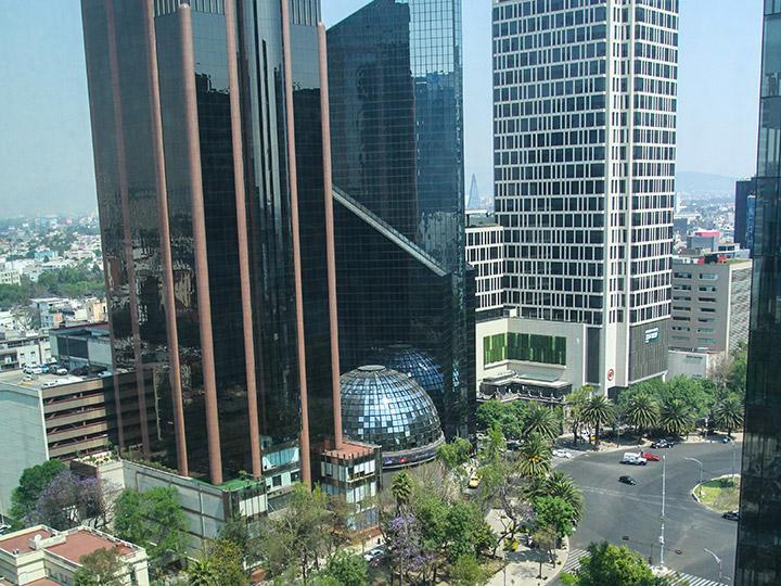 Arranca Bolsa Mexicana con baja de 0.16 por ciento