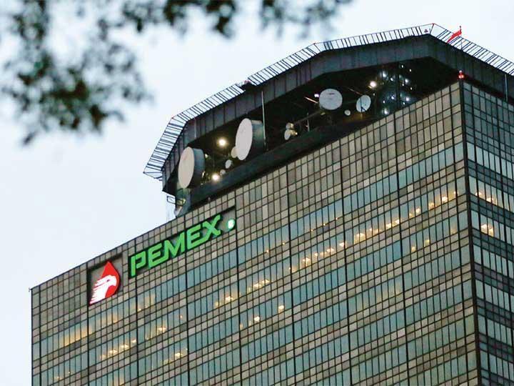 Ascienden pérdidas de Pemex a 30 mmdp por ordeña clandestina