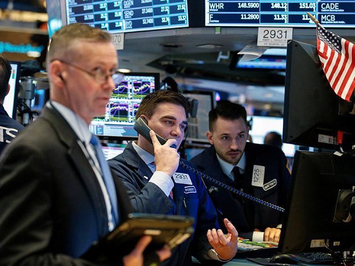 BMV y Wall Street avanzan en la apertura del martes