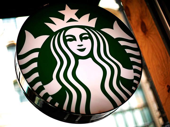 Cualquier persona podrá utilizar los baños de Starbucks