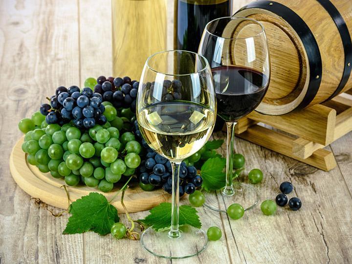 El Consejo Mexicano Vitivinícola busca aumentar de 6,700 a 15,000 hectáreas cultivadas de uva para vino en los próximos 15 años. Foto: Pixabay