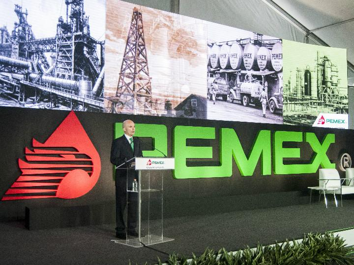 Pemex anuncia hallazgo en aguas del Golfo