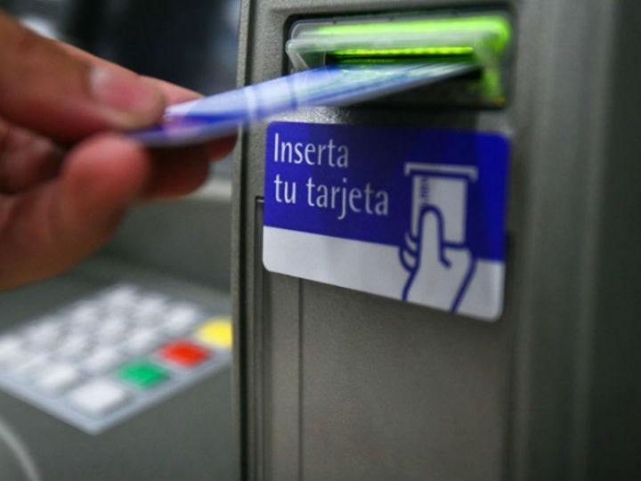 Morena propondrá prohibir algunas comisiones bancarias