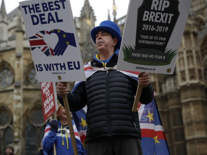 Continúan contactos de May antes de Plan B del Brexit