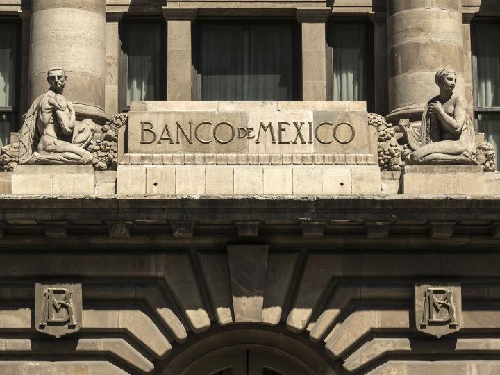 Responde a Banxico: ley se aplicará a todos