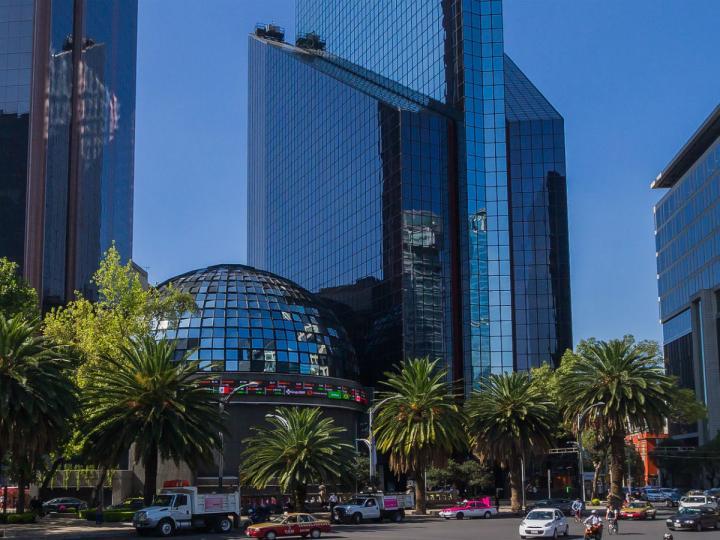 Bolsa Mexicana con ligero avance en su apertura de mercado