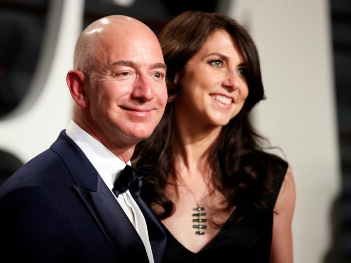 MacKenzie Bezos será la cuarta mujer más rica del mundo tras divorcio