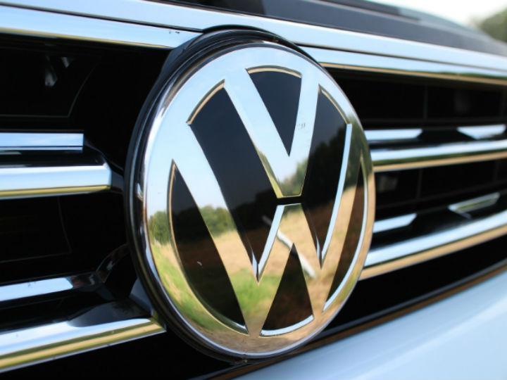 Volkswagen oferta unos USD 900 millones para cerrar
