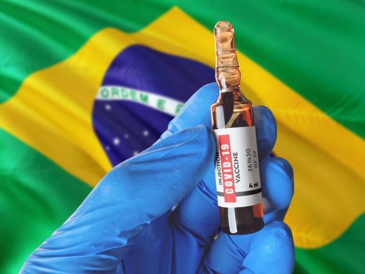 Brasil excede los 8 000 000 de casos de COVID-19 ATMP