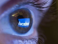 Cómo saber si Cambridge Analytica 'robó' tu información de Facebook