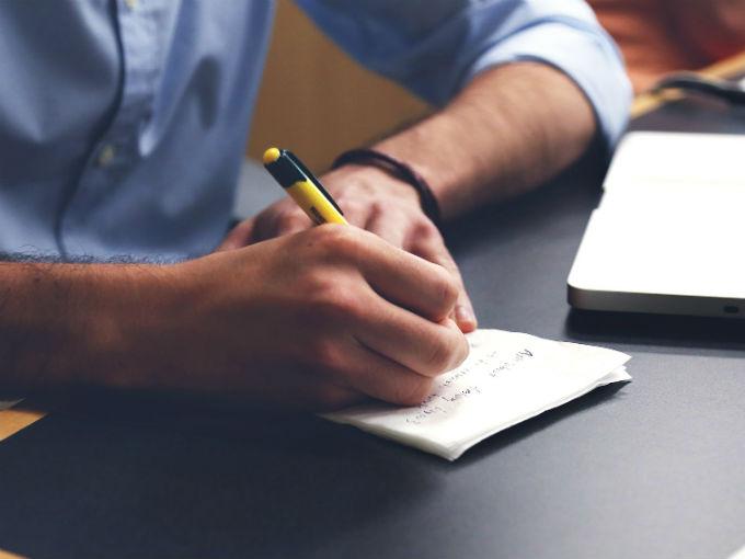 Tu letra revela si eres feliz en tu trabajo o ya debes cambiar