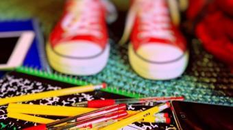 """La educación de tus hijos no será mejor si les compras los productos más caros sólo porque son de una """"mejor marca"""" o una """"marca reconocida"""". Foto: Visual Hunt"""