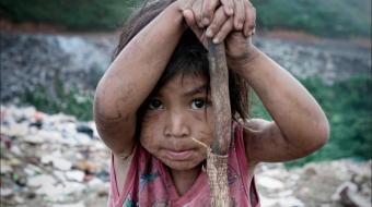 La pobreza por el lado de las carencias sociales tuvo un retroceso en 2015 .Foto: Archivo