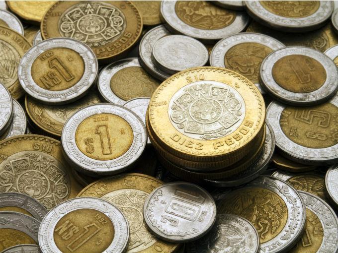 El Dólar Perfora Los 13 La Moneda Mexicana Se Apreció 0 50