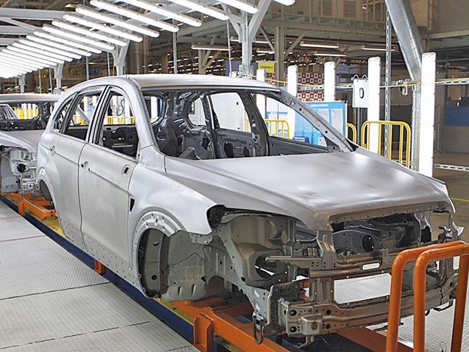 El sector automotriz y de fabricación de equipo de transporte creció 12.6% en el primer trimestre del año, con relación al mismo periodo del año pasado, por lo que sigue manteniendo el ritmo de crecimiento económico del país.  Foto: AFP
