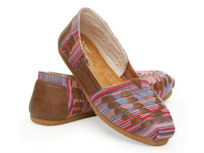 a641470ead1c Marca de calzado de EU copia huaraches mexicanos