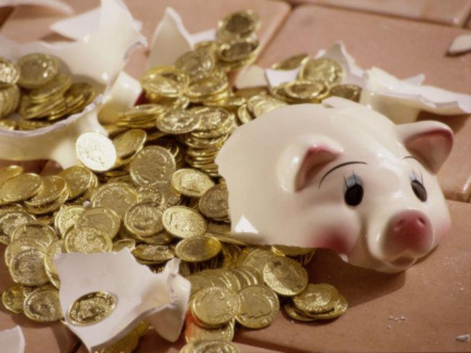 Los 8 peores errores financieros que cometes