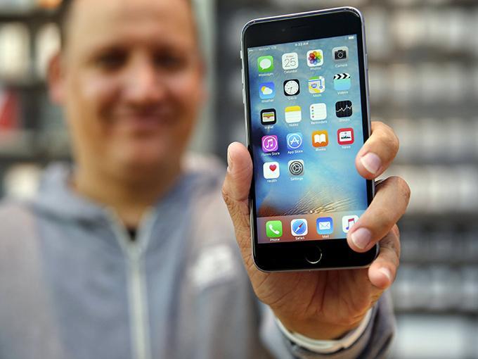 8d0a9082fa5 Llegan a México los iPhone 6s y 6s Plus este viernes   Dinero en ...