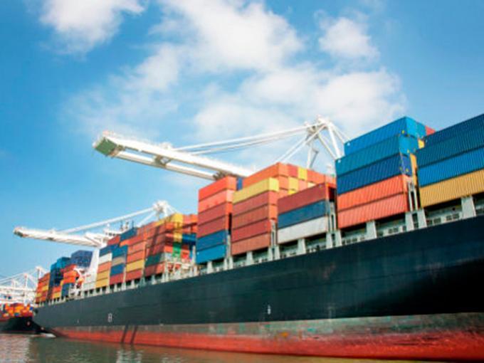 Hacienda busca fortalecer el comercio exterior