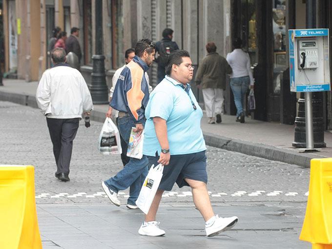 Si padeces obesidad, podrías 'culpar' a tu cerebro