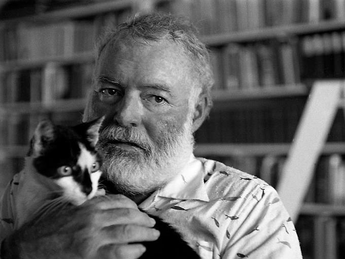 10 frases de Ernest Hemingway sobre la vida y el liderazgo