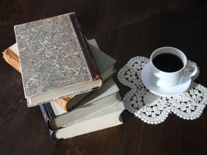 2 libros que te ayudarán a lograr tus objetivos laborales