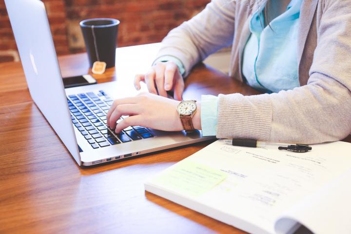 5 cursos gratuitos en línea para tomar estas vacaciones