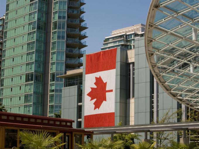 Lo que debes hacer para trabajar en Canadá