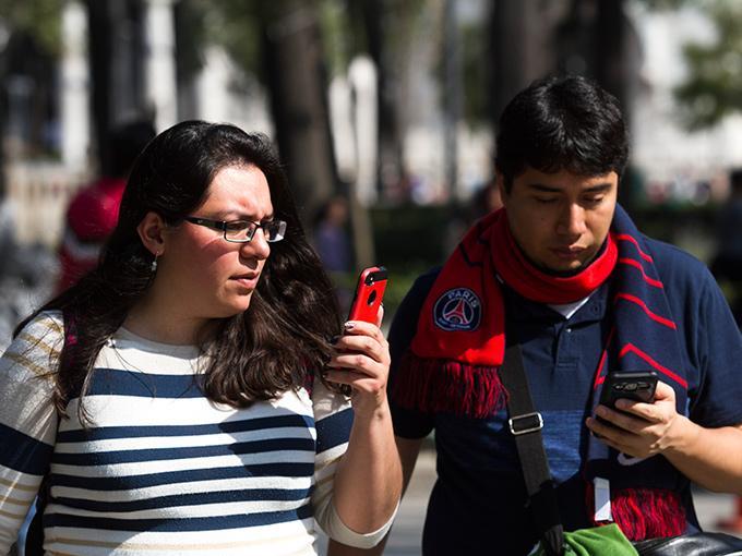 Alerta móvil: uno de cada cinco celulares en el mundo es falso