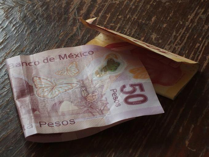 Cualquier persona puede invertir desde 100 pesos mensuales sin necesidad de ser un inversionista acreditado. Foto: Pixabay.