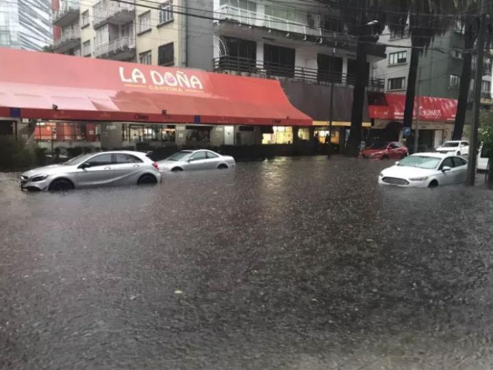 5 aseguradoras que cubren daños causados en tu auto por las lluvias
