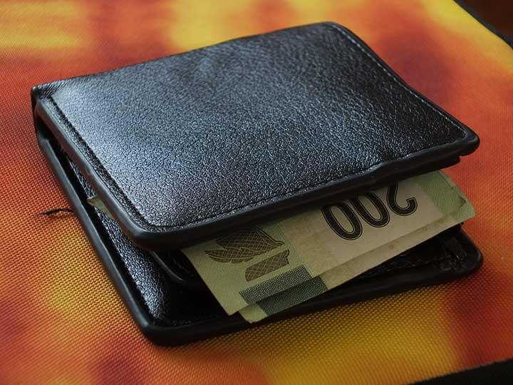 El 86% de las plazas creadas pagan menos de 5,000 pesos al mes. Foto: Especial