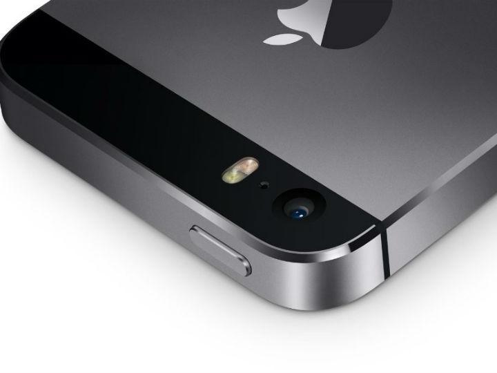 """iPhone recibe el """"modo nocturno"""" para WhatsApp"""