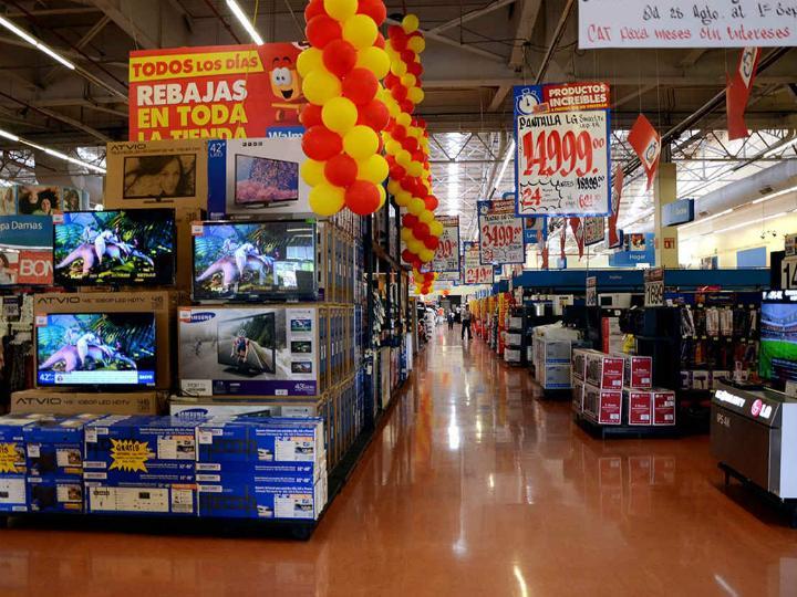 Walmart moderó su crecimiento durante agosto