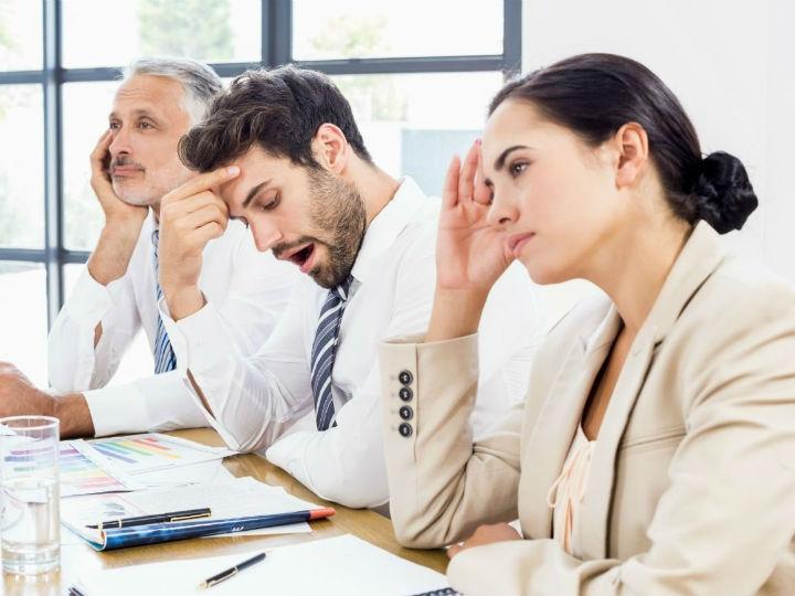 4 indicios de que tu junta de trabajo es una pérdida de tiempo