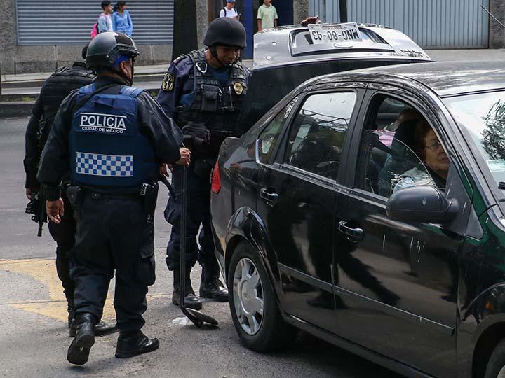 c283f64d3 Cuándo sí y cuándo no te puede revisar un policía