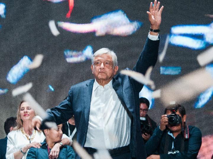 El presidente electo de México, Andrés Manuel López Obrador, estará un periodo menor a los seis años que sus antecesores estuvieron en Los Pinos. Foto: Cuartoscuro.