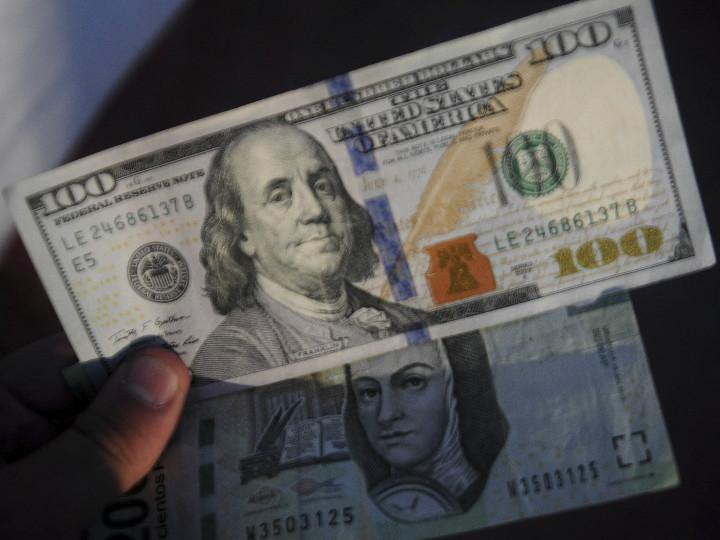 Peso Vivió Su Mayor Caída Desde 2016 En Bancos 20 35 Por Dólar