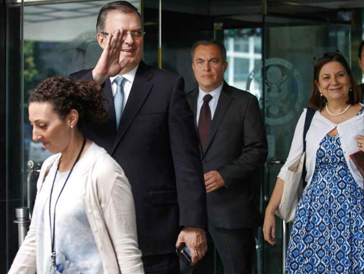 México logra acuerdo con EU; suspenden arancel