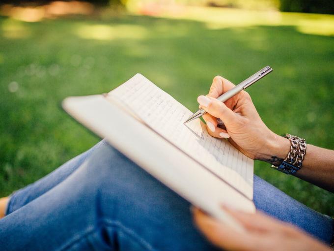 La clave para cambiar de actitud está en tu letra | Dinero en Imagen.com
