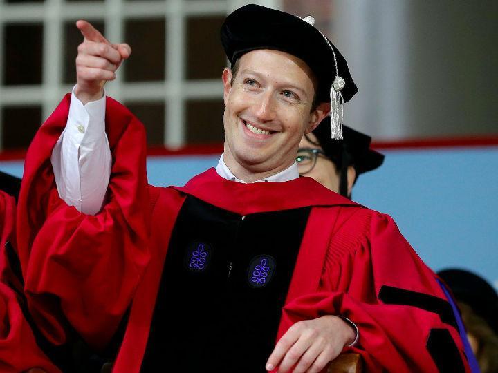 8 frases del discurso de Mark Zuckerberg en Harvard que te inspirarán para crear tu negocio