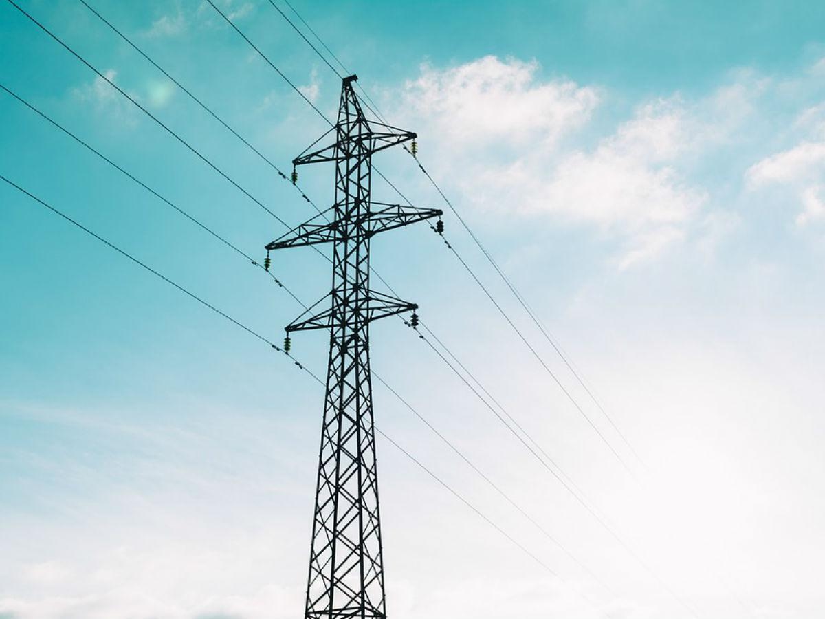CFE invertirá 2,000 mdp en reforzar red en Yucatán