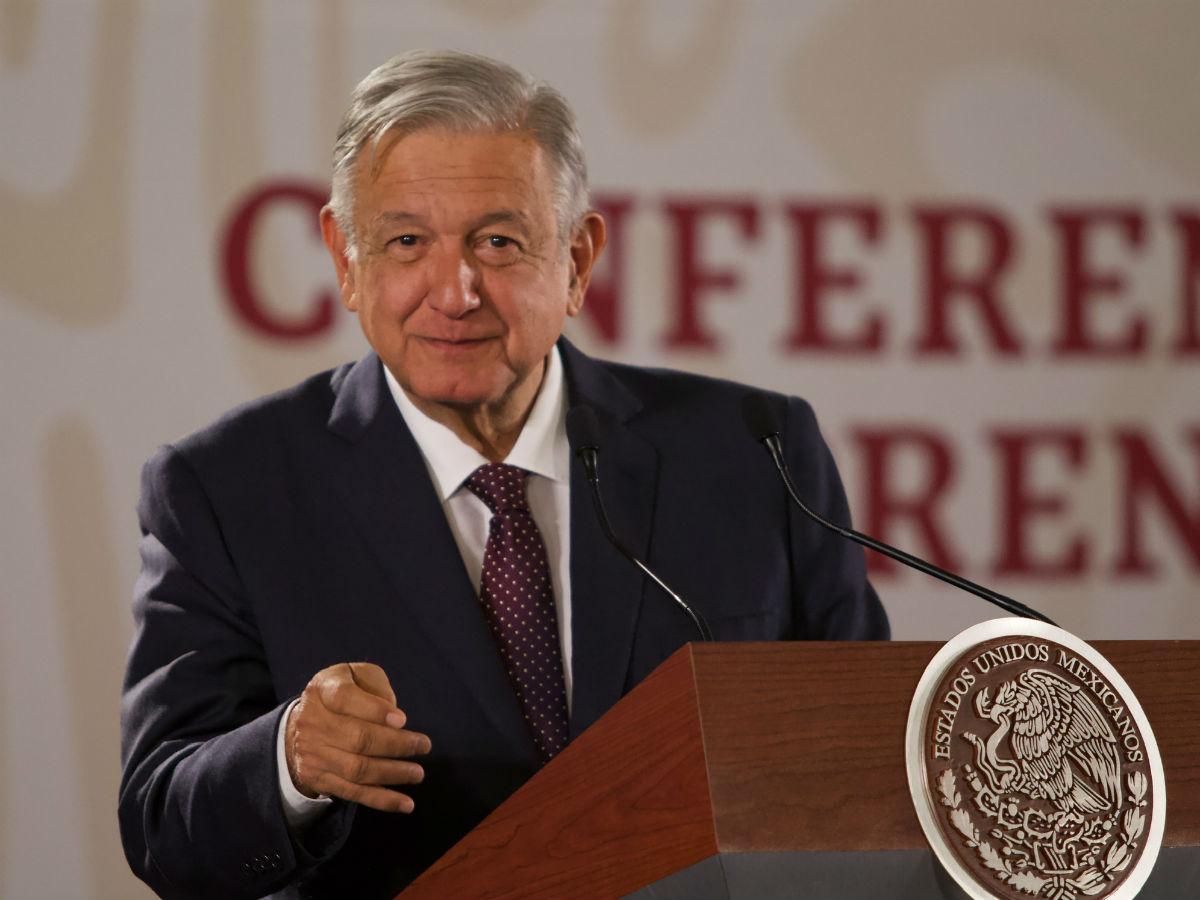 Llevaremos internet a todas las comunidades del país: López Obrador