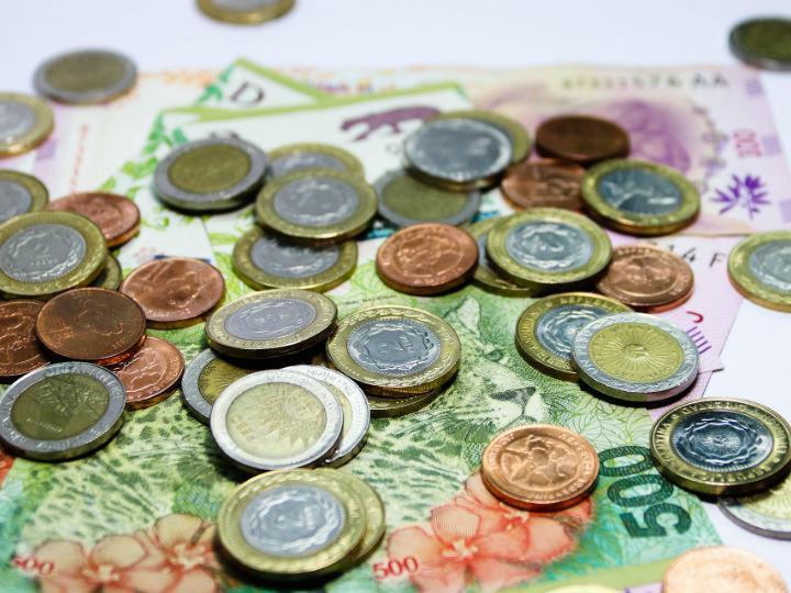 Macri: El peso argentino en números rojos