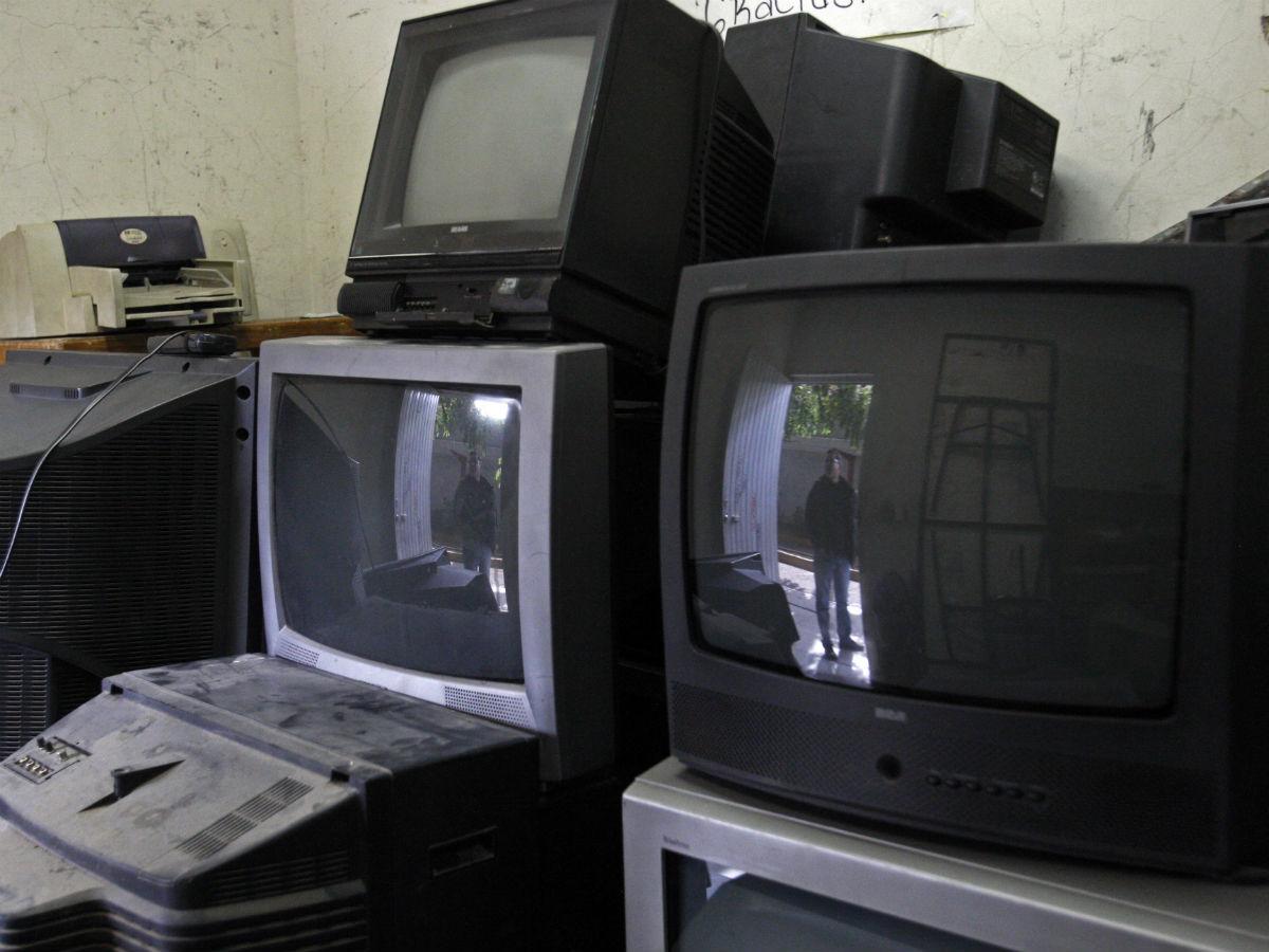 Cómo conseguir hasta 10 mil pesos por tu televisión vieja
